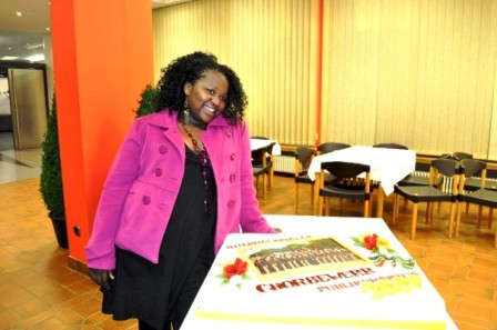 Zipho with award cake